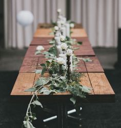 simple green garland runner to make your tablescape pretty