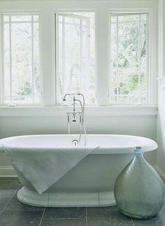 Windows + tub = bathroom nirvana