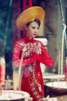 Áo Dài Cưới Truyền Thống   Vietnamese  wedding dress   www.marry.vn