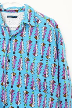 80's Printed Button Up Shirt / Graphic Pattern /