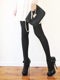 fabulous handbag, tights, and shoes, www.LadiesStylish.com ... Good one. #ElegantBags