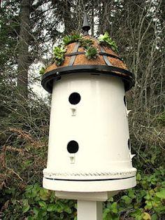 roof, birdhous, bird feeders, bucket, plant pots