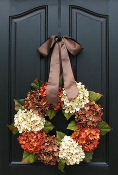 Fall Wreath home outdoors autumn fall decorate porch ideas halloween thanksgiving holidays wreath