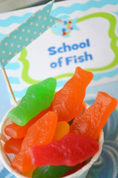 """Nemo/Fish Party gummy fish snacks """"school of fish"""""""