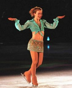 Tara Lipinski. At the age of 15, she won the Olympic gold medal in figure skating at the 1998 Winter Olympics, and remains the youngest individual gold medalist in the history of the Olympic Winter Games :))