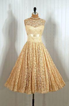 Vintage Lace Dress...It would make a lovely wedding dress