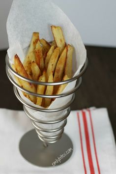 Emily Bites - Weight Watchers Friendly Recipes: Oven Fries