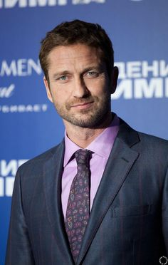 HQ Gerard Butler at Moscow Premiere of #OlympusHasFallen 03/28/13