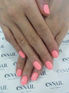 neon coral nails