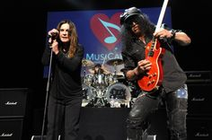 "Slash joins honoree Ozzy Osbourne for a killer performance of the Black Sabbath classic ""Paranoid"" at the 10th annual MusiCares MAP Fund benefit concert on May 12 in Los Angeles"