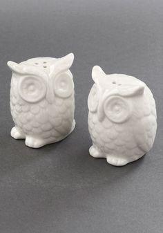Owl salt/pepper shakers