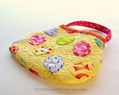 Last 3! Handmade quilted Easter purse.  A perfect toddler gift!