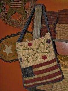 "PRIMITIVE ""AMERICAN FLAG"" PEASANT PURSE ~ WOOL APPLIQUE PUNCH NEEDLE PATTERN 