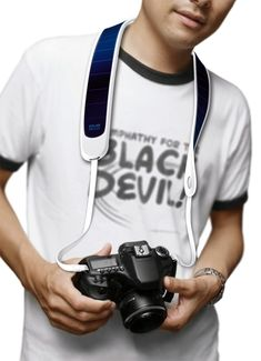 Solar Camera Strap by Weng Jie, charge while shooting