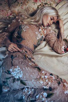 Sleeping Hippie Beauty #genevieverose3 <3