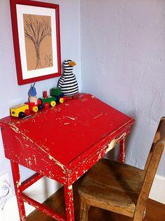 kid desk, auction idea, vintage childrens room, kid rooms, vintage kids, rustic childrens room, children desk, bureau, big boy rooms