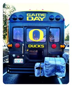 Too cool school bus. #GoDucks