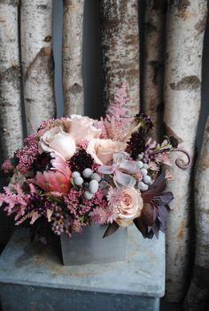 color palettes, centerpiec, smokebush flowers, blush gray flowers, plum