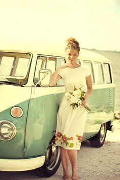 Un lindo vestido para una boda en la playa