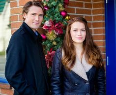 """Its a Wonderful Movie - Your Guide to Family Movies on TV: """"The Christmas Secret"""" starring Bethany Joy Lenz and John Reardon"""