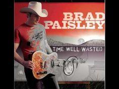 Brad Paisley - She's Everything (Lyrics) - YouTube