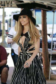 Jennifer Lopez Maakt Indruk Bij American Idol