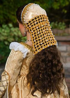 Medieval headdress