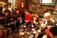A typical Irish Trad session