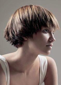 -cute short cut for straight hair-