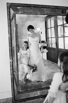 LOVE this photo of the bride and her flower girl ;) Photography by Jen Fariello jenfariello.com