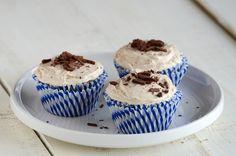 Caramel-Vanilla Cupcakes for 5 {Vegan}