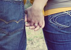 Engagement photo ideas #peartreegreetings #holdinghands #ring