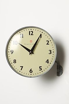 In-Motion Clock : from Anthropologie