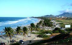 Playa el Agua, consentida de los turistas, Isla de Margarita, Venezuela.