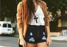 love the denim shorts ♥ #fashion