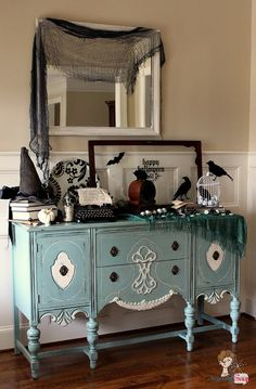 Southern Gothic Decorating Ideas from Atta Girl Says.  Awesome Halloween Decor.