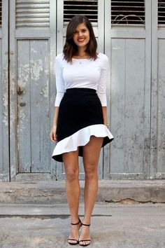 This 'a pair and a spare' DIY Bottom is Inspired by Top Fashion Des #DIY trendhunter.com...LOVE IT!! Ruffles Skirts, Inspiration Ruffles, Pencils Skirts, Clothing, White Style, Black White, Balenciaga Inspiration, Diy Skirts, Style Fashion