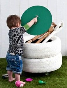 Outdoor toy storage