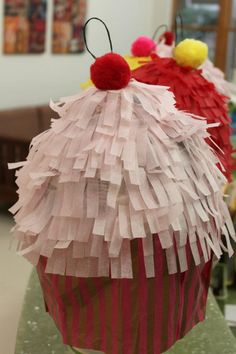 cupcake piñatas