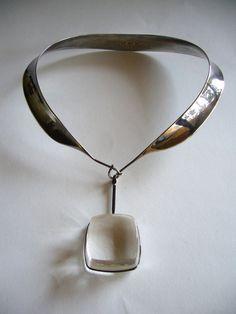 Vivianna Torun/Georg Jensen, collier en argent avec pendentif en quartz rutile