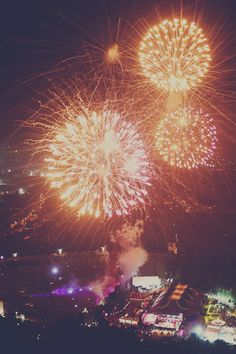 city of dreams #edm #fireworks