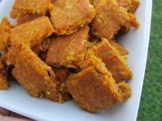 It's pumpkin season! Celebrate with your dog by making these easy Gluten Free Cheddar Pumpkin treats from @Doggy Dessert #pumpkin #dogtreats #recipes #dogtreatrecipes #dogs #easy #yum