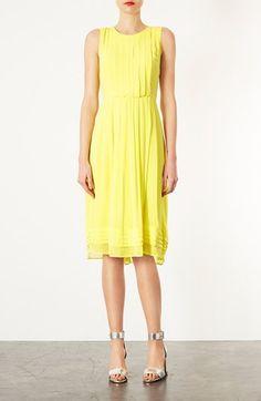 beautiful yellow pleated dress