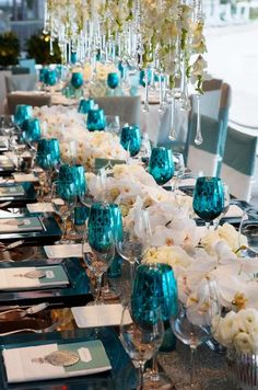 idea, wedding beach, turquoise, color, blue, glass, beach weddings, wedding centerpieces, destination weddings