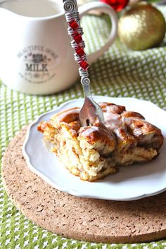 Cinnamon Roll French Toast via @Val SoCal