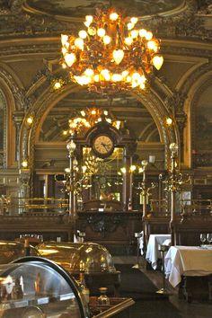 Hotels restaurants cafe 39 s on pinterest italy venice for Restaurant le miroir paris 18