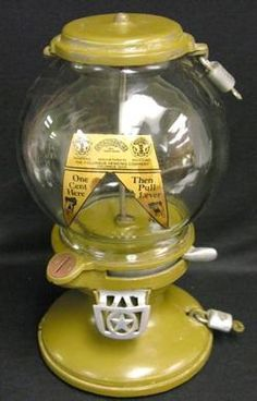 Columbus, Gumball, Model A3, Cast Iron, 1 Cent, Restored. A Columbus Model A3 penny gumball machine