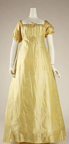 Wedding dress: 1812, American (silk)