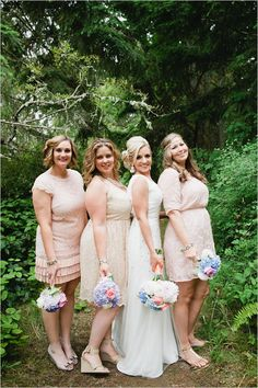 Thrifty and thoughtful woodland wedding. Captured By: Meredith McKee Photography #weddingchicks http://www.weddingchicks.com/2014/09/30/thrifty-woodland-wedding/