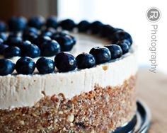 Raw Blueberry Lemon Cheesecake #glutenfree #grainfree #paleo #raw #dairyfree
